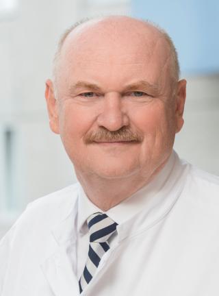 professor-dr-med-michael-p-manns
